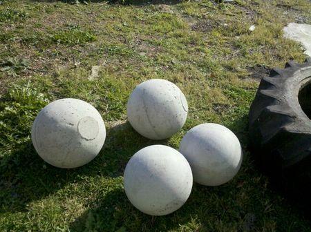 Atlas stones